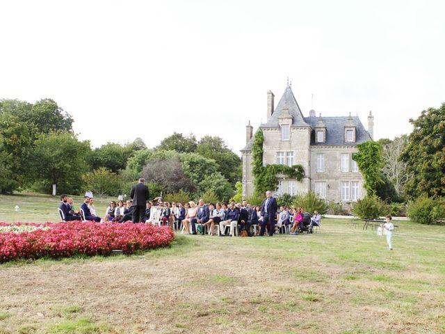 Le mariage de Olivier et Laetitia à Pont-Aven, Finistère 1