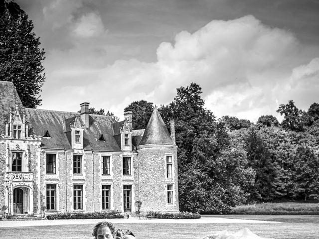 Le mariage de Mike et Clarien à La Ferté-Bernard, Sarthe 3