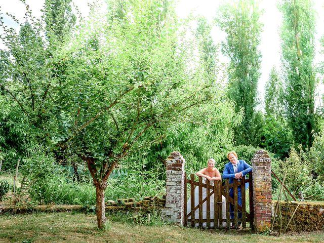 Le mariage de Mike et Clarien à La Ferté-Bernard, Sarthe 6