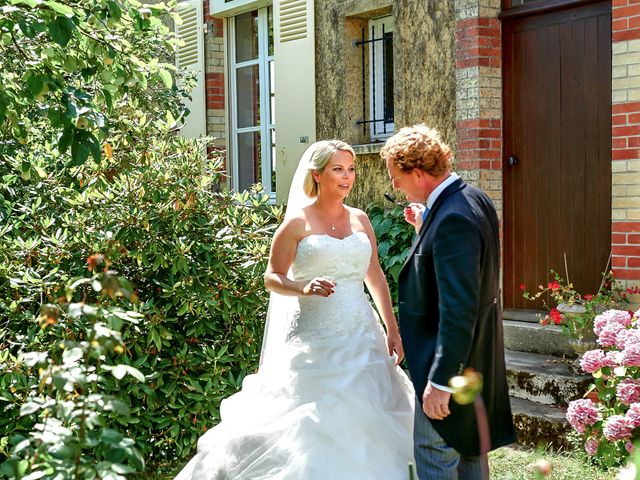 Le mariage de Mike et Clarien à La Ferté-Bernard, Sarthe 16