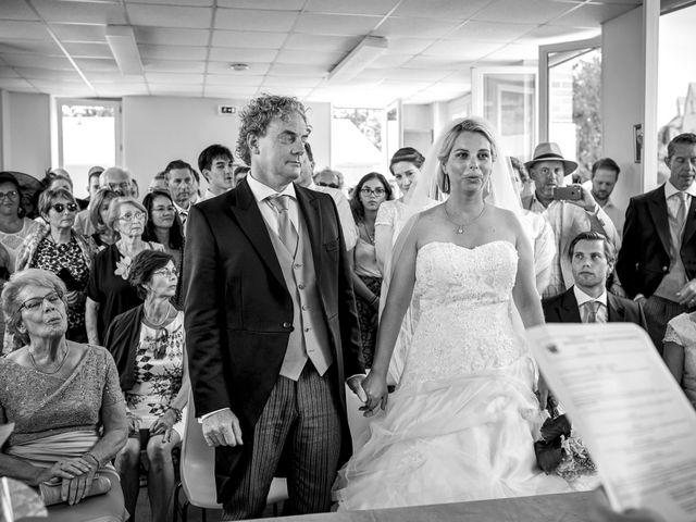 Le mariage de Mike et Clarien à La Ferté-Bernard, Sarthe 18
