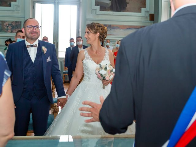 Le mariage de Jérome et Elodie à Échiré, Deux-Sèvres 6