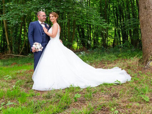 Le mariage de Jérome et Elodie à Échiré, Deux-Sèvres 19