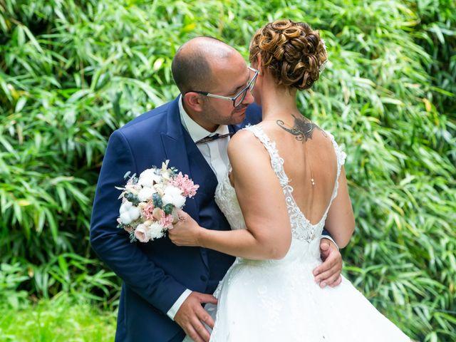 Le mariage de Jérome et Elodie à Échiré, Deux-Sèvres 23
