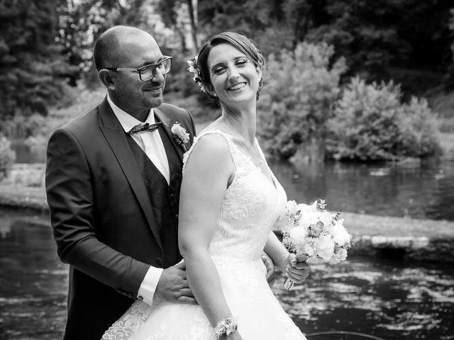 Le mariage de Jérome et Elodie à Échiré, Deux-Sèvres 24