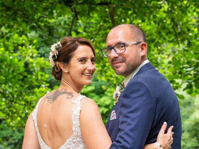 Le mariage de Jérome et Elodie à Échiré, Deux-Sèvres 33