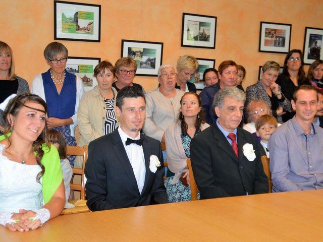 Le mariage de Steve et Stephanie  à Lonlay-l'Abbaye, Orne 7