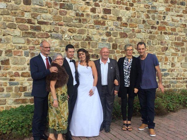 Le mariage de Steve et Stephanie  à Lonlay-l'Abbaye, Orne 11