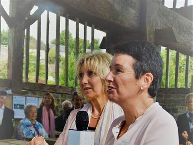 Le mariage de Steve et Stephanie  à Lonlay-l'Abbaye, Orne 32