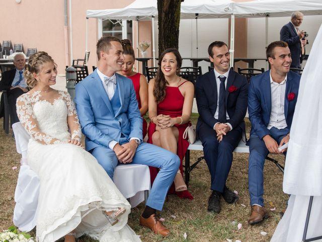 Le mariage de Cedric et Laetitia à Montalieu-Vercieu, Isère 31