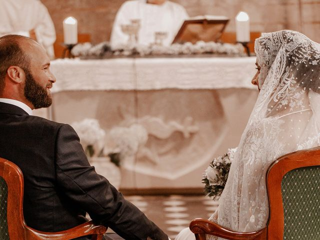 Le mariage de Grégory et Flore à Arras, Pas-de-Calais 16
