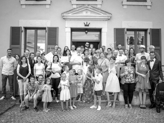 Le mariage de Nicolas et Aurore à Saint-André-d'Huiriat, Ain 7