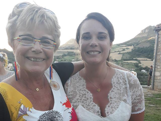 Le mariage de Manu et Fanny à Millau, Aveyron 5