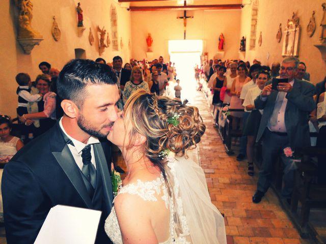 Le mariage de Aurélien et Julie à Dornes, Nièvre 8