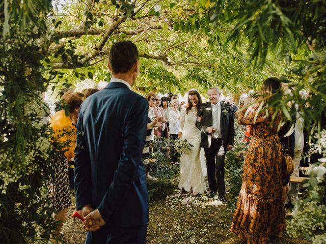Le mariage de Matthieu et Emilie à Blaye, Gironde 18