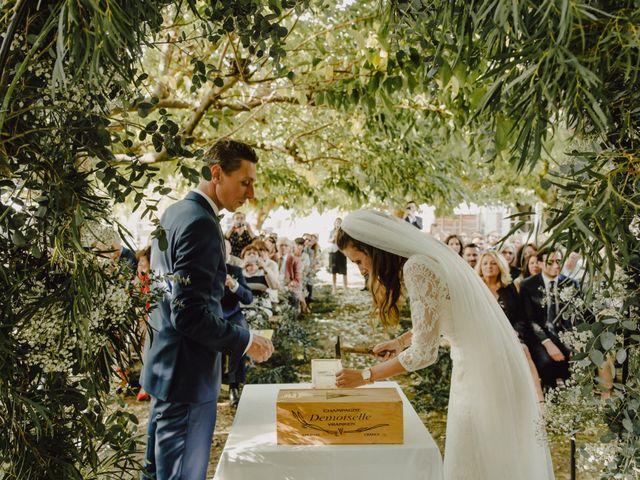 Le mariage de Matthieu et Emilie à Blaye, Gironde 32