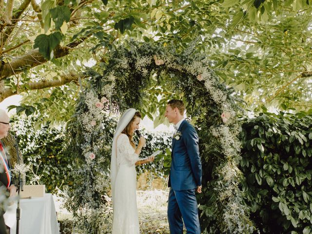 Le mariage de Matthieu et Emilie à Blaye, Gironde 33
