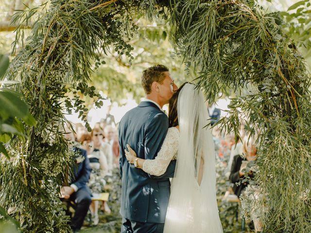 Le mariage de Matthieu et Emilie à Blaye, Gironde 36