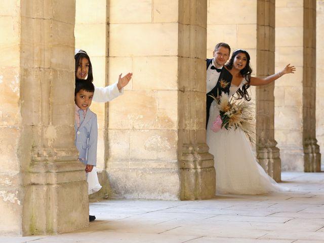 Le mariage de Eric et Meriem à Caen, Calvados 14