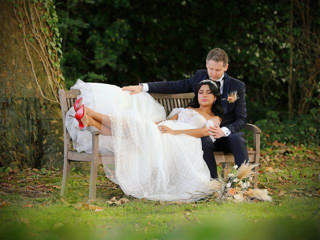Le mariage de Eric et Meriem à Caen, Calvados 19