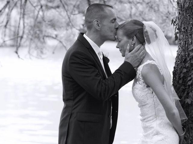 Le mariage de François et Claire à Massay, Cher 10