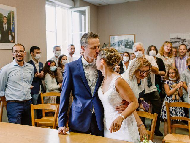 Le mariage de Loïc et Angélique à Saint-Romain-d'Ay, Ardèche 24