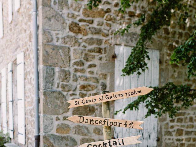 Le mariage de Loïc et Angélique à Saint-Romain-d'Ay, Ardèche 33