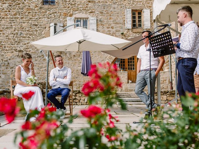 Le mariage de Loïc et Angélique à Saint-Romain-d'Ay, Ardèche 35