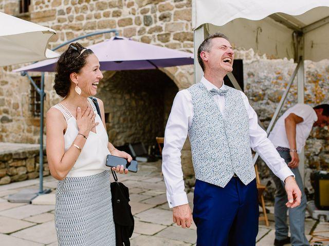Le mariage de Loïc et Angélique à Saint-Romain-d'Ay, Ardèche 38
