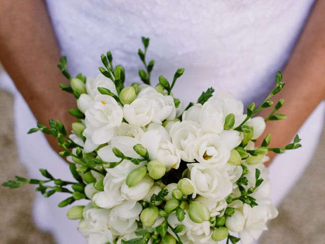 Le mariage de Loïc et Angélique à Saint-Romain-d'Ay, Ardèche 47