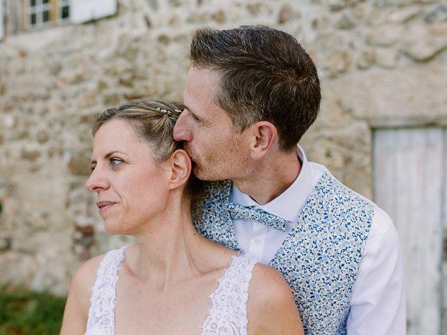 Le mariage de Loïc et Angélique à Saint-Romain-d'Ay, Ardèche 49