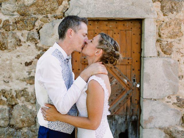 Le mariage de Loïc et Angélique à Saint-Romain-d'Ay, Ardèche 53