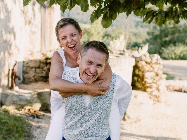Le mariage de Loïc et Angélique à Saint-Romain-d'Ay, Ardèche 54
