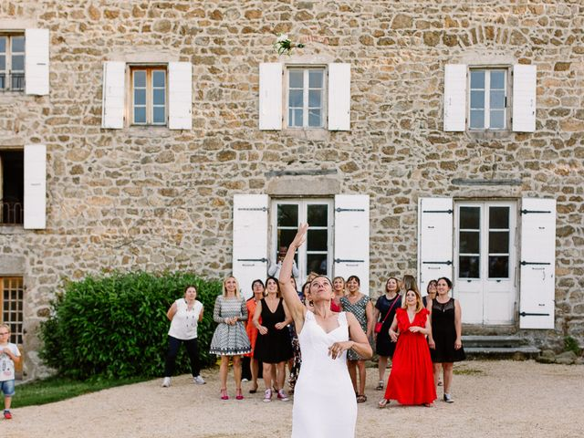 Le mariage de Loïc et Angélique à Saint-Romain-d'Ay, Ardèche 61
