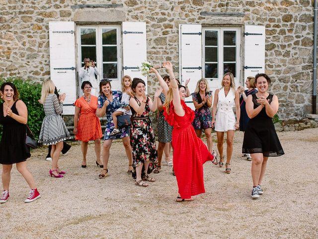 Le mariage de Loïc et Angélique à Saint-Romain-d'Ay, Ardèche 62