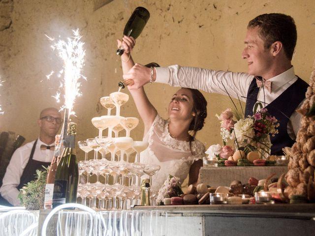 Le mariage de Thomas et Julie à Mauguio, Hérault 1