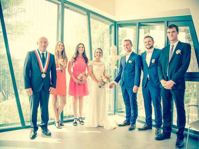 Le mariage de Thomas et Julie à Mauguio, Hérault 14