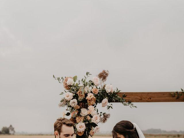 Le mariage de Dylan et Lara à Coudekerque-Branche, Nord 18