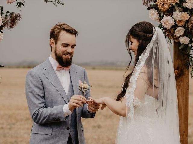 Le mariage de Dylan et Lara à Coudekerque-Branche, Nord 22