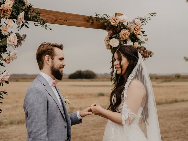 Le mariage de Dylan et Lara à Coudekerque-Branche, Nord 23