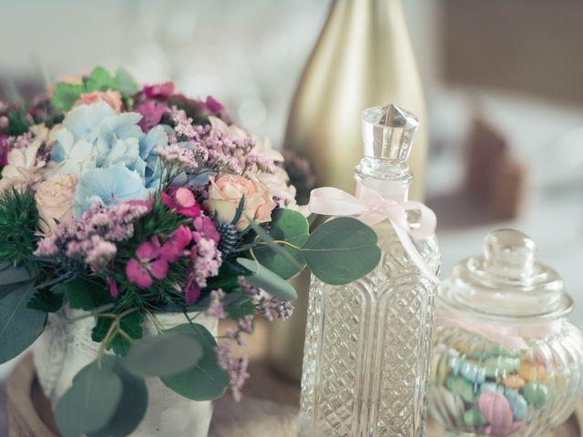 Le mariage de Alex et Bérénice à Diges, Yonne 24
