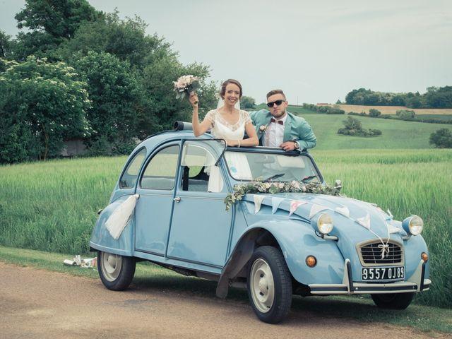 Le mariage de Alex et Bérénice à Diges, Yonne 26