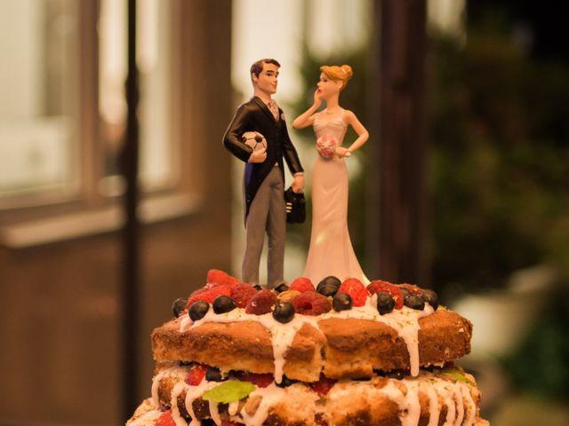 Le mariage de Alex et Bérénice à Diges, Yonne 32
