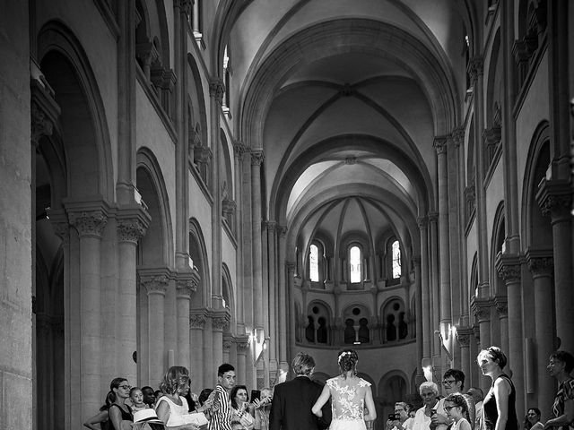 Le mariage de Aurélien et Sophie-Anne à Charolles, Saône et Loire 21