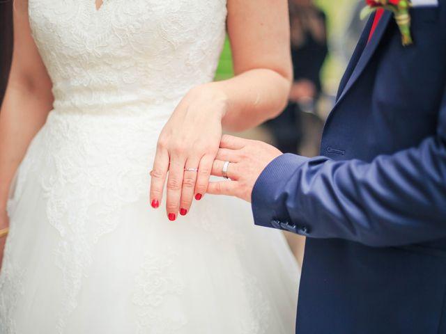 Le mariage de Alex et Virginie à Lavaur, Tarn 32