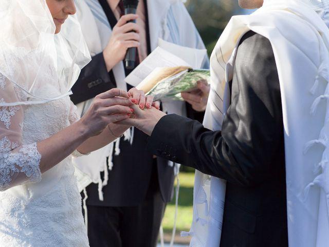 Le mariage de Thomas-Elie et Céline à Le Coudray-Montceaux, Essonne 32
