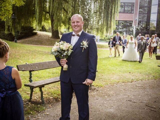 Le mariage de Benjamin et Sabrina à Marquette-lez-Lille, Nord 32