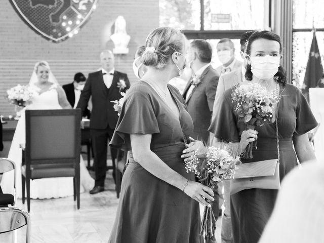 Le mariage de Benjamin et Sabrina à Marquette-lez-Lille, Nord 44