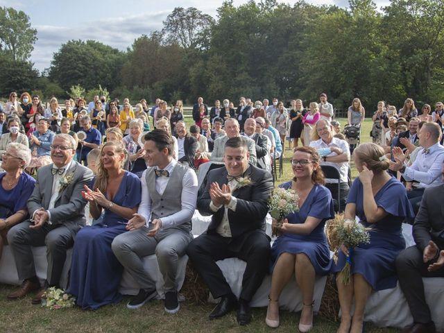 Le mariage de Benjamin et Sabrina à Marquette-lez-Lille, Nord 59