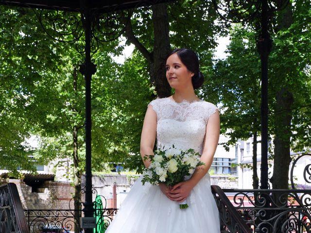 Le mariage de Aymeric et Anne-Héloïse à Sens-Beaujeu, Cher 3